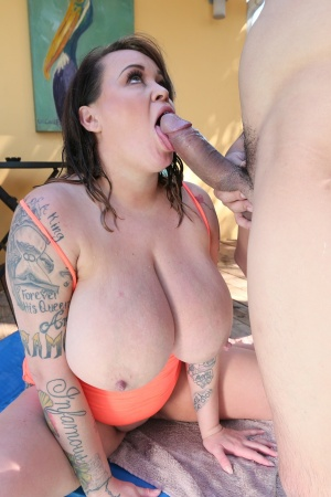 Pornstars Like It Big Memphis Monroe