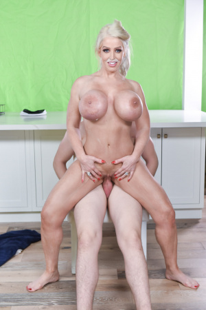 Bit titted milf Alura Jenson gets a glassful of special milk to enjoy